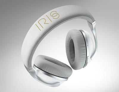 IRIS Flow headphones in white