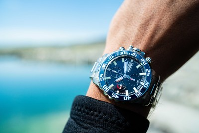 BALL Watch Engineer Hydrocarbon NEDU – A diving watch that is Navy inspired and designed for professional divers.
