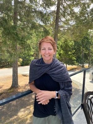 Dr. Sharon Hobenshield is the new Executive Director of the Kw'umut Lelum Foundation (CNW Group/Kw'umut Lelum)