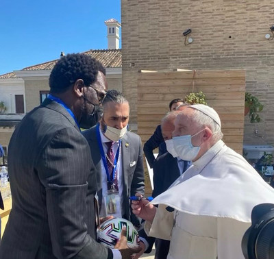 Innovative Global eSports Soccer Tournament, WHO WANTS IT, Kicks Off with Pope Francis in Rome to Benefit Scholas Occurrentes